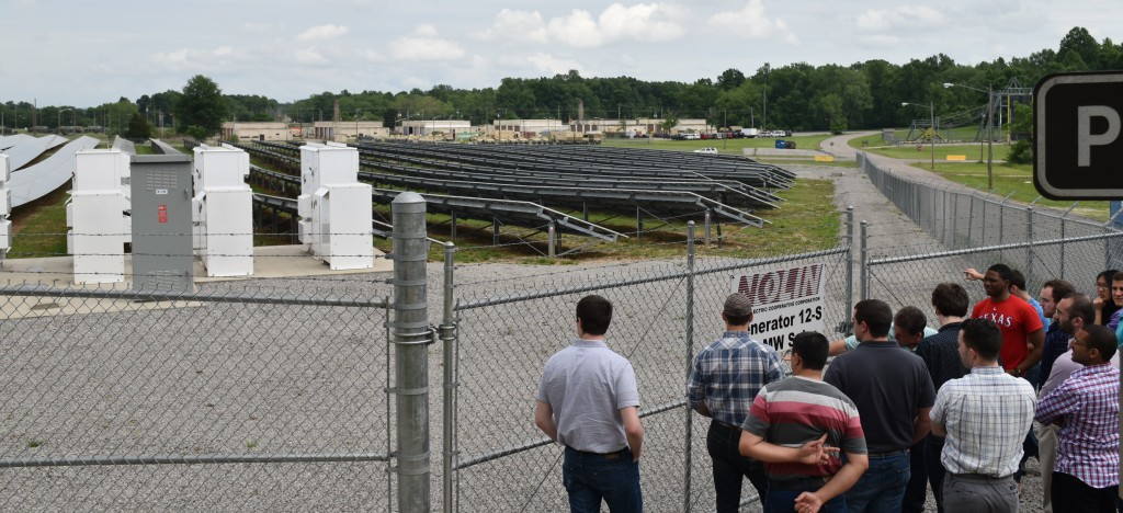 Group at Ft. Knox solar farm2
